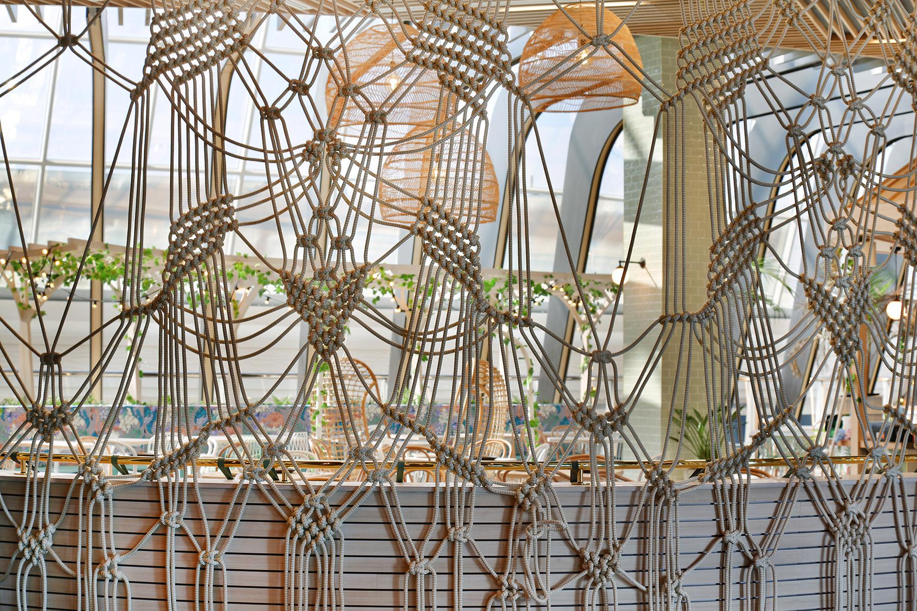 MEZZ Kitchen and Bar - interior design by Studio Y.