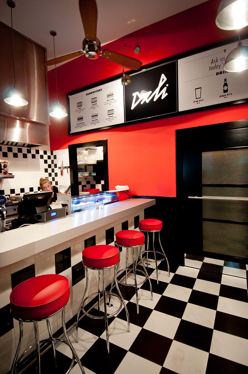 Deli Cocktail Bar Studio Y